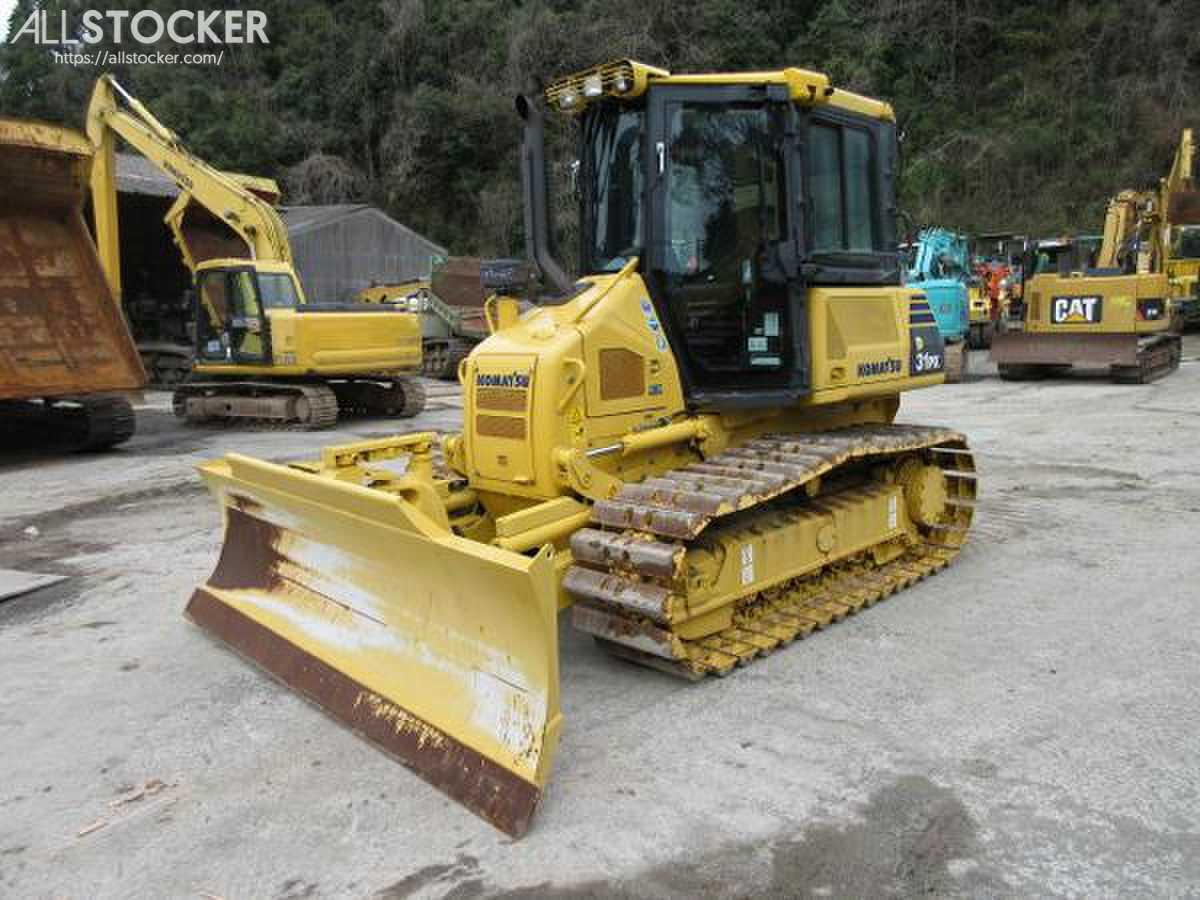 KOMATSU D31PX-22 Dozers | Used Construction Equipment