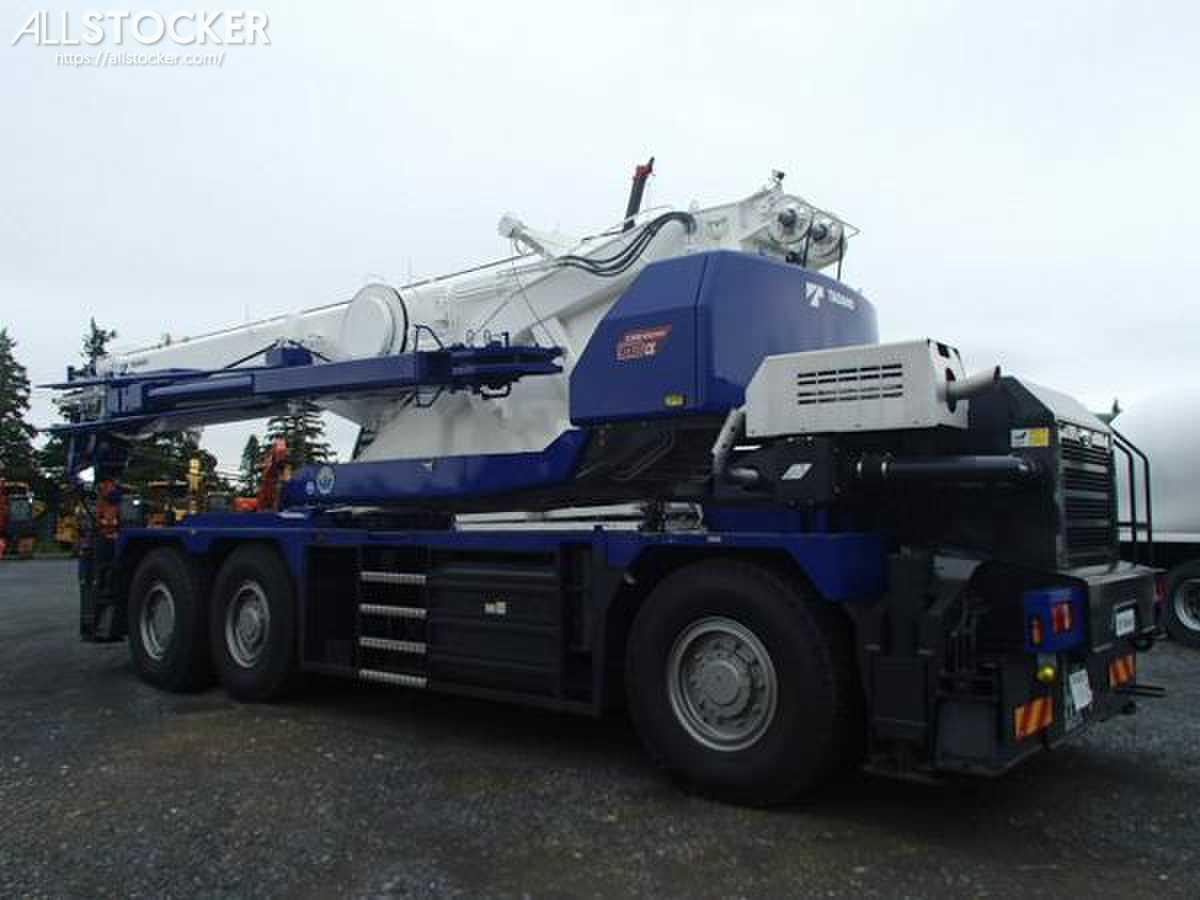 TADANO GR500N-2 Cranes   Used Construction Equipment